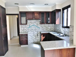 Villas for Rent in Lila