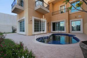 Residential Villa for Rent in Umm Suqeim, Rent Residential Villa in Umm Suqeim