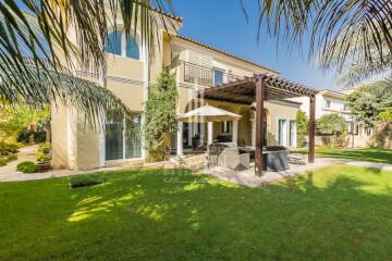 Villas for Sale in Greens, Dubai