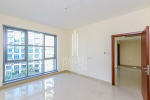 Property for Sale in Standpoint Tower 1
