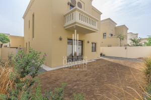 Property for Sale in Casa