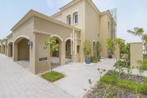 Townhouses for Sale in Casa Viva