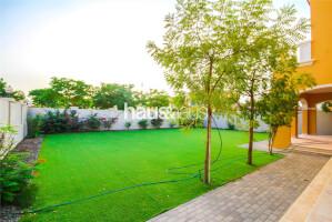 Villas for Sale in Legacy