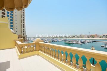 تاون هاوسيس للإيجار في الإمارات