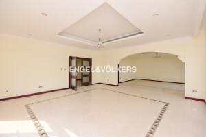 Villas for Rent in The Palm Jumeirah, Dubai