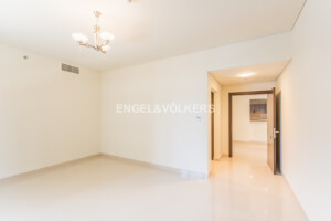 Apartments for Rent in Golden Mile 8
