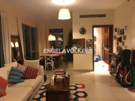 Apartments for Sale in Shemara Tower