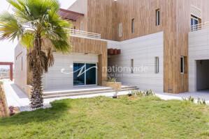 Villas for Sale in Al Marina, Abu Dhabi
