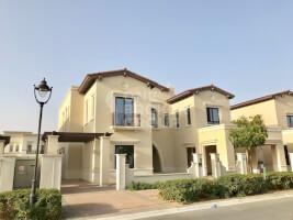 Villas for Rent in Rosa