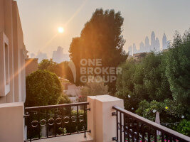 Villas for Sale in The Lakes, Dubai