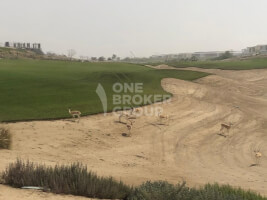 Villas for Sale in Golf Place