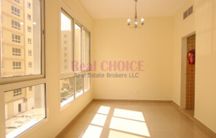 Property for Rent in Al Quoz