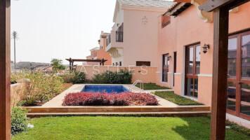 Villas for Rent in Jumeirah, Dubai