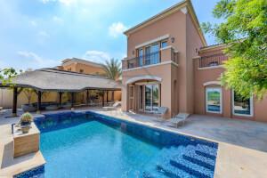 Villas for Rent in Mirador La Colección 2