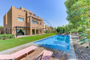 Villas for Rent in Hattan