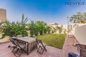 Villas for Rent in Alma