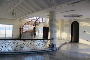 Villas for Rent in Umm Al Sheif, Dubai